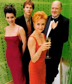 Swoosie Kurtz with David Ogden Stiers, Paget Brewster in Love & Money Swoosie Kurtz, David Ogden Stiers, Paget Brewster, Most Beautiful Women, Actresses, Actors, Money, Female Actresses, Silver