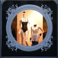 Mai 2015 Vitrine Boutique Chantal Thomass 211 Rue Saint Honoré Paris #ChantalThomass #Lingerie #Paris