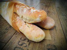 Hot Dog Buns, Hot Dogs, Pesto, Bread Recipes, Hamburger, Food, Breads, Bread Rolls, Essen