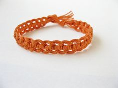 A 7 page macrame bracelet pattern / macrame bracelet tutorial / macrame bracelet PDF pattern. Clear step by step instructions and photos by knotonlyknots.