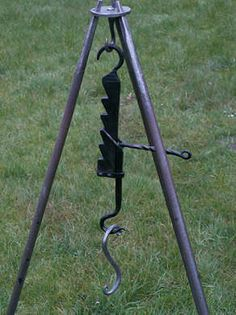 Welded Metal Projects, Blacksmith Projects, Metal Crafts, Pizza Oven Outdoor, Outdoor Cooking, Viking Bed, Diy Wood Stove, Fire Pit Grill, Horseshoe Projects