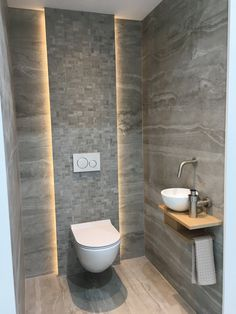Toilette und Badezimmer im eigenen Stil smalltoiletroom 5 Ideen pro – Home Decor On a Budget Bathroom Minimalist Bathroom Design, Bathroom Design Luxury, Modern Bathroom Decor, Budget Bathroom, Modern Bathroom Design, Modern Toilet Design, Bathroom Ideas, Small Toilet Design, Bathroom Crafts