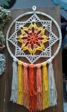 Crochet Wall Art, Yarn Wall Art, Crochet Wall Hangings, Crochet Home, Diy Crochet, Crochet Crafts, Crochet Doilies, Yarn Crafts, Crochet Projects