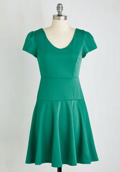 On Task Stylista Dress. Your work from home days are no less fashionable than your days spent in the office, as obvious by your wearing this shamrock green dress! #green #modcloth