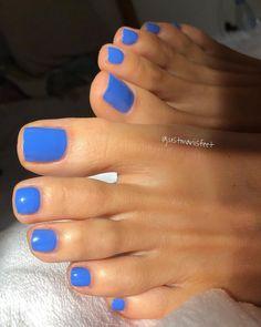 Nagel happysunday perfectfeet feet ilovemyfeet sexyfeet Write Wedding Vows That Sound N Pretty Toe Nails, Cute Toe Nails, Fancy Nails, Ten Nails, Summer Toe Nails, Summer Nail Colors, Organic Nails, Nagellack Trends, Nail Polish Colors