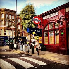 London London Underground Stations, Maida Vale, Lettering Styles, Vintage London, London Calling, England Uk, Time Travel, Britain, Tiles