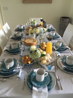 Brunch Decoracion Table Mesas Ideas For 2019 Brunch Mesa, Brunch Buffet, Breakfast Table Setting, Wine Table, Serving Table, Food Platters, Deco Table, Decoration Table, High Tea