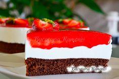 Tort cu iaurt si capsuni Cheesecake, Desserts, Tailgate Desserts, Deserts, Cheesecakes, Postres, Dessert, Cherry Cheesecake Shooters, Plated Desserts