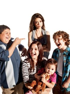 Modern Family | Rico Rodriguez, Ariel Winter, Sarah Hyland, Ella/Jaden Hiller, and Nolan Gould