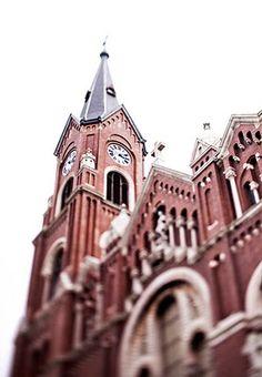 A shot of the beautiful church.