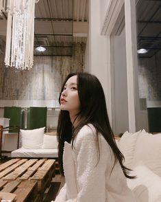 comely u market open ~ Korean Beauty Girls, Pretty Korean Girls, Cute Korean Girl, Asian Beauty, Asian Girl, Korean Girl Ulzzang, Couple Ulzzang, Korean Best Friends, Korean Girl Photo