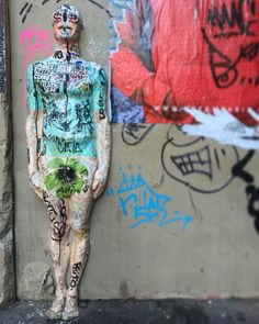 By @urbansolid from #italia to #paris  #streetart #streetartist #urbanart #urbanartist #graffiti #graff #graffitiwall #wall #wallporn #wallpornart #streetarteverywhere #streetphoto #streetartandgraffiti #urbanwalls #graffart #spray #bombing #collage #pochoir #instagraff #streetartparis #parisgraffiti  Rue Quincampoix