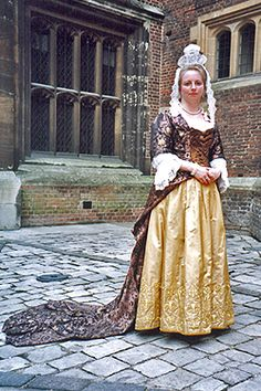 NINYA MIKHAILA - HISTORICAL COSTUMIER 1690s costume made for JMD&Co at Hampton Court Palace.