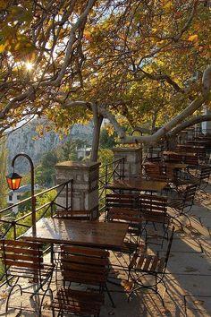 comtesse-du-chocolat:  Makrynitsa village, main square, Mount Pelion, Greece (via pinterest)