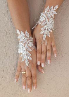Ivory silver frame Wedding Glove ivory lace gloves door ByVIVIENN
