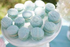 cute for a blue themed wedding.