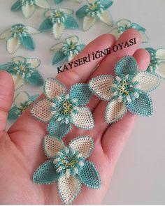 """3,644 Beğenme, 53 Yorum - Instagram'da REKLAM_TANİTİM (@igneoyasi.modelleri): """"Sipariş ve fiyat bilgisi için 👇👇👇 @kayseri_mekik_igneoyasi @kayseri_mekik_igneoyasi…"""" Crochet Flowers, Diy And Crafts, Embroidery, Instagram, Board, Herbs, Tricot, Craft, Embroidery Ideas"""