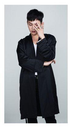 Gdragon 💋 discovered by Lovelyxxi~ on We Heart It Daesung, Vip Bigbang, G Dragon Hairstyle, Bigbang Wallpapers, G Dragon Fashion, G Dragon Top, Gd And Top, Bigbang G Dragon, Ji Yong