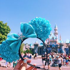 Accessories - Elsa Themed Minnie Ears
