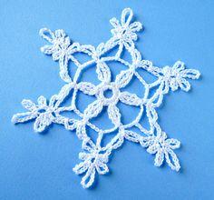 Ravelry: Árvore de Natal e padrão de floco de neve por GoldenLucyCrafts