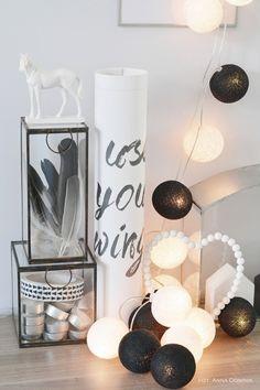 http://www.bynoth.nl/a-37892923/licht-aan/lichtslinger-cotton-balls-zwart/