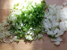 albondigas-guiso-pq Colombian Food, Celery, Feta, Dairy, Cheese, Vegetables, Recipes, Ideas Para, Frases