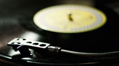Vinyl sales are more valuable than ad-supported streaming in 2015