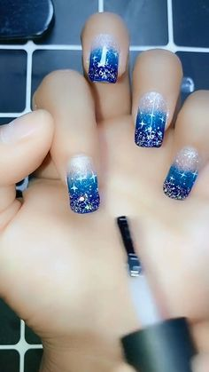 Latest Nail Art Designs Ideas & Trends Collection – Make Up Nail Art Designs Videos, Nail Art Videos, Simple Nail Art Designs, Easy Nail Art, Nail Art Tips, Latest Nail Designs, New Year's Nails, Diy Nails, Cute Nails