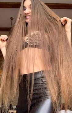 Face L, Long Hair Video, Long Brown Hair, Layered Cuts, Female Images, Hair Comb, Beauty Women, Asmr, Hair Beauty