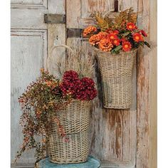 Willow Wall Gray Baskets Loop Handle Floral Holder 2 Set – Jam-Discount Home Decor Large Baskets, Baskets On Wall, Hanging Baskets, Wall Basket, Decorative Baskets, French Baskets, Country Decor, Farmhouse Decor, Country Farmhouse