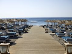 Ammades is a multiplex summer spot on one of the most beautiful beaches of Rhodes. Lounge chairs,  excellent service, restaurant, tavern, bar, cocktails, beach volley and tennis courts with a specially designed area for events overlooking the blue Aegean sea and under the bright sky of the island with the 300 sunny days.