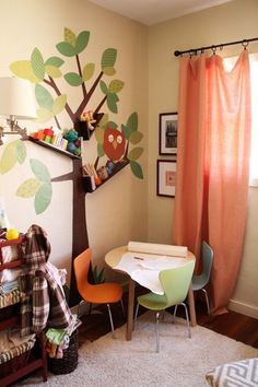 fun tree decal and great boys room ideas.
