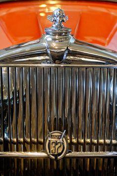 ✯ 1933 Stutz DV-32 Five Passenger Sedan