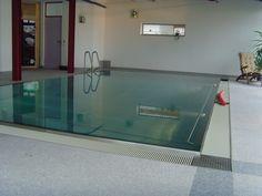 Schwimmbadbau in Muelheim -sopra