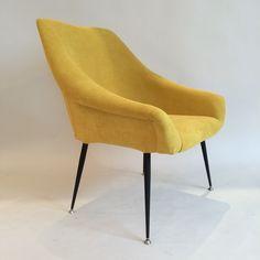 Image of Deux fauteuils soviétiques coquilles jaunes