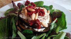 La Fée Stéphanie: Millefeuille d'aubergines grillées et de fromage frais végétal aux tomates confites, lit de salade verte