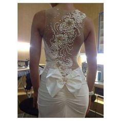 pearls on the back, wedding dress #bow