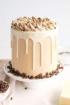 This white chocolate mocha cake pairs tender white chocolate espresso cake layers with a whipped white chocolate ganache and silky espresso buttercream. Food Cakes, Cupcake Cakes, Mini Cakes, Bolos Naked Cake, Baileys Cake, Espresso Cake, Bolo Minnie, White Chocolate Ganache, White Chocolate Mocha Cake Recipe