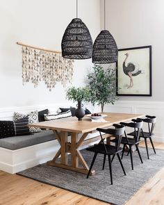 Dining Nook, Dining Room Design, Small Dining Rooms, Dining Table Lighting, Dining Room Ideas On A Budget, Bench Dining Room Table, Kitchen Nook Bench, Modern Dining Room Lighting, Living Room Decor Budget