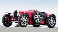 Bugatti type 51 Grand Prix 1933 on hd wallpapers from http://www.hotszots.eu/Bugatti/WallpaperBackgroundsBugatti7.htm   repinned by www.BlickeDeeler.de