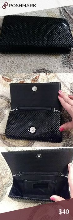 Jessica Mclintock clutch Very elegant black clutch with shoulder strap. Only used once. Like new condition. Ready for a fancy evening Jessica McClintock Bags Clutches & Wristlets