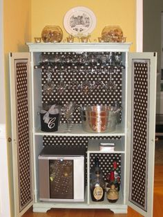 Richmond Thrifter Repurposed TV Cabinet To Bar Awesome!