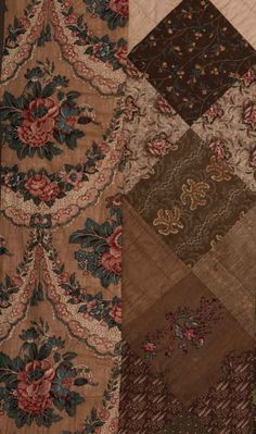 PIECED COTTON QUILT, EARLY 19TH C : Lot 99