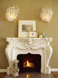 I'm in love with this fireplace.