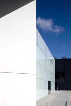 Teatro Municipal de Guarda  by  AVA Architects