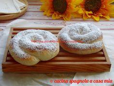 La ensaimada è un dolce tipico delle Baleari, se sei stato in vacanza in queste zone l'avrai provato! Dal blog Cucina Spagnola A Casa Mia.