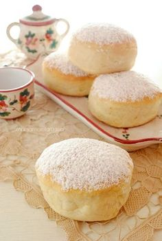 bomboloni al forno Sweet Recipes, Cake Recipes, Dessert Recipes, Biscuits, Food Cakes, Cupcake Cakes, Bomboloni, Pumpkin Recipes, Delicious Desserts
