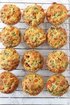 4 recipes for salty muffins that you will like very much - Pequeocio - Salty muffins, kid-proof vegetables! How to make salty vegetable muffins. Salty muffin recipe, a gr - Healthy Afternoon Snacks, Healthy Snacks, Healthy Kids, Baby Food Recipes, Cooking Recipes, Kitchen Recipes, Fatayer, Little Lunch, Comidas Light
