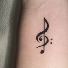 What does treble clef tattoo mean? We have treble clef tattoo ideas, designs, symbolism and we explain the meaning behind the tattoo. Mini Tattoos, Trendy Tattoos, New Tattoos, Body Art Tattoos, Small Tattoos, Sleeve Tattoos, Tattoos For Women, Cool Tattoos, Tatoos