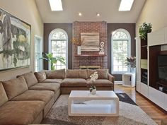 Red brick w/ neutral walls...only we have black mortar. :-P ...